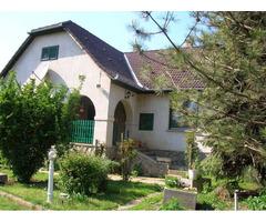 Einfamilienhaus neben Dombóvár in einer ruhigen Lage mit Parkanlage - Ungarn